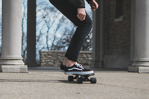 braking of an electric skateboard