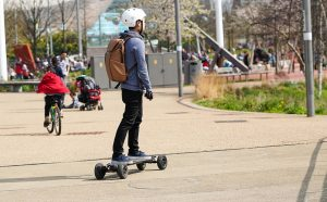 how to make an electric skateboard