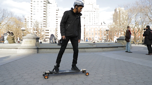 best electric skate boards under 200$