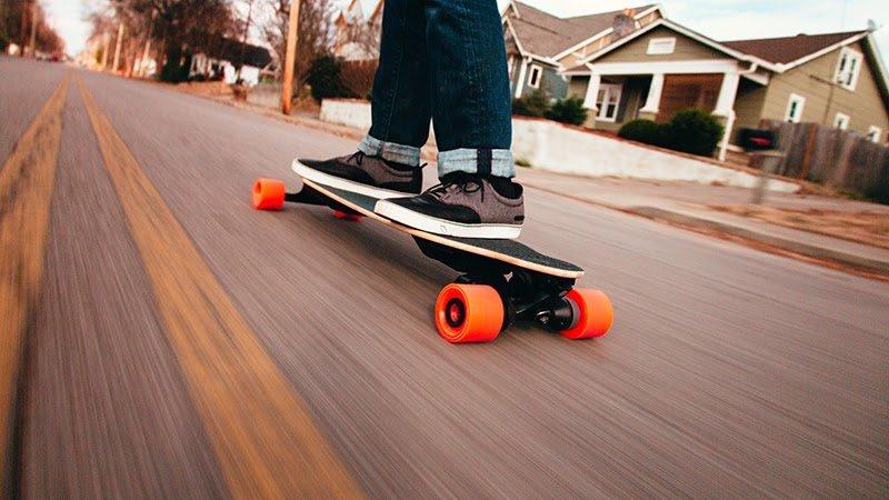 Best Electric Skateboards Under $300 [2021]